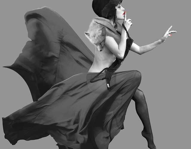 Cappello femminile a tesa cascante